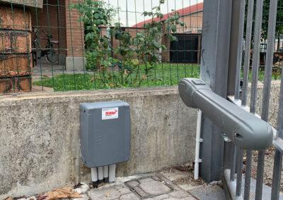 Centralina per Automazione Acessi di un Cancello Automatico a Battente, Brescia   SITIP SECURITY