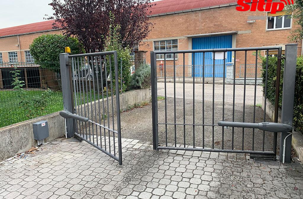 Installazione cancello automatico a battente a Brescia
