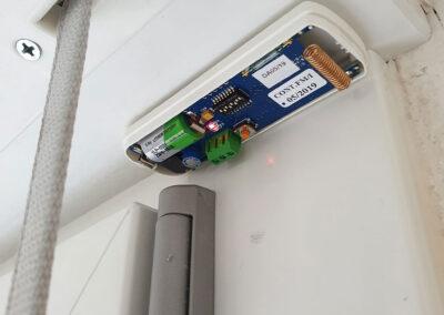 Sensore d'Allarme sull'Infisso con Rilevatore di Vibrazione | SITIP SECURITY